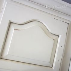 """DIY:: Secret to glazing Cabinets (use baby oil to move wood stain around  furniture projects to get a """"glazed"""" or """"aged"""" effect) Tutorial"""