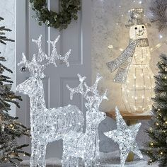 Ideas for decorating your home at Christmas with lighting