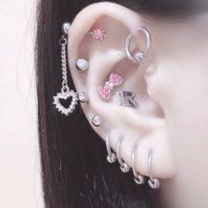 Piercing Tattoo, Tragus Piercings, Peircings, Septum Piercing Jewelry, Ear Jewelry, Cute Jewelry, Body Jewelry, Pretty Ear Piercings, Grunge Jewelry