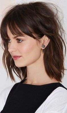 15 Niedlich Medium Frisuren mit Pony 2017 - Neue Besten Frisur Cute Medium Hairstyles with Bangs 201 Bangs With Medium Hair, Cute Hairstyles For Medium Hair, Medium Hair Cuts, Hairstyles With Bangs, Short Hair Cuts, Medium Hair Styles, Short Hair Styles, Hairstyles 2018, Shoulder Length Hair Cuts With Bangs