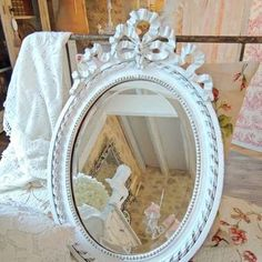 Miroir mural ovale bling rose pinterest for Miroir ung drill