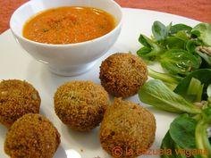 Croquetas de lentejas con salsa de tomate especial