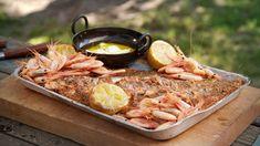 Fennikelrøykt laks Frisk, Paella, Mozzarella, Main Dishes, Pork, Cooking Recipes, Cheese, Chicken, Meat