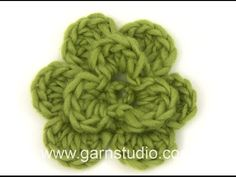 Tutorial small crochet flower ╭⊰✿Teresa Restegui http://www.pinterest.com/teretegui/✿⊱╮