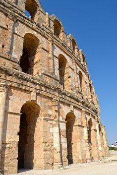Anfiteatro romano en la ciudad de El Jem - Túnez, África
