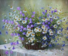 Field flowers in a basket, artist Ivanov Vladimir