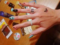 DIY nailart mint & peach & black with nail stickers essence nails