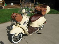 Modern Vespa : 2015 Vespa GTS300 Owners who came from an earlier ...