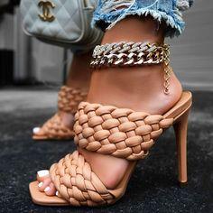 Cute Heels, Sexy Heels, Strappy Heels, Stiletto Heels, High Heels, Shoes Heels, Stilettos, Pretty Shoes, Beautiful Shoes