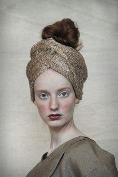 ⍙ Pour la Tête ⍙ hats, couture headpieces and head art - B A R B A R A M U N S E L millinery