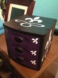 Little Spray Paint And Vinyl Decals Made On My Cricut And I Added Style To Those Boring Ugly Plastic Drawers