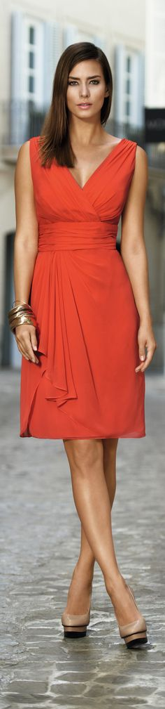 Sexy Cruise Wear - Vera Mont prshots - Find out what to buy for cruises at http://boomerinas.com/2011/12/sexy-plus-size-cruise-wear-cocktail-formal-dresses/