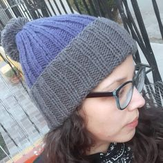Gorro flag ❄ ~ ~ ~ ~ 𝓵𝓪𝓷𝓪𝓻𝓪𝓷𝓳𝓪𝓽𝓲𝓮𝓷𝓭𝓪 ~ ~ ~ ~ #gorroflag #gorro #beanie #beanies #patrones #productostejidos #ventadelanas #lana #tiendachile #chile #handmade #productochileno #santiago #instachile #chilegram #wool #productonacional #hechoamano #knitlovewool #kanit #knitknitknit #knit_inspiration #strikke #artesanal #crochet #palillos #dosagujas  #talca #cuarentena Chile, Knitted Hats, Winter Hats, Beanie, Wool, Knitting, Crochet, Handmade, Fashion