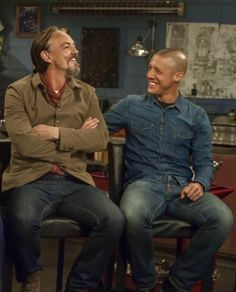 Tommy Flanagan and Theo Rossi