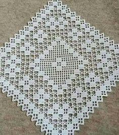 Best 9 Tejido – Page 364650901079197260 Filet Crochet, Crochet Doily Patterns, Crochet Doilies, Crochet Home, Love Crochet, Hand Crochet, Knit Crochet, Crochet Table Runner, Crochet Tablecloth