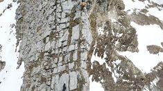 Unsere STEIGAUF-Flagge fühlt sich auf der Spitze des Berges am wohlsten!  Danke Peter Maier für dein super cooles Flaggenvideo!   #bergsteiger #hiking #mountain #nature #flags #adventure #motivation Super, Action, Motivation, Outdoor, Mountain Climbers, Flag, Thanks, Lace, Outdoors