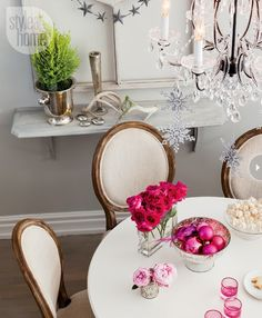 Mix and Chic: Home tour- A designer's beautiful holiday home in Toronto!