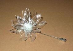 Idea para reciclar botellas de plástico: Cómo elaborar broches de flores Outdoor flower, with LED light, great result !