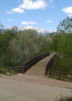 Things to do around Colorado Springs –Pikes Peak Greenway Trail Pikes Peak Greenway is a 16 mile trail in Colorado Springs, Colorado that parallels Monument and Fountain Creeks and winds through and alongside parks, like Monument Valley Park, and sports complexes. It connects with other trails, such as the Midland Trail, Bear Creek Trail and
