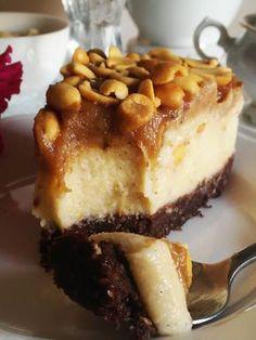 Flan with chanterelles - Healthy Food Mom Healthy Cake, Vegan Cake, Healthy Sweets, Raw Food Recipes, Gourmet Recipes, Cake Recipes, Best Guacamole Recipe, Eat Happy, Vegan Baking