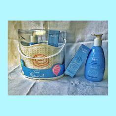 Canastilla Pediatril de Avène. Gel limpiador y crema para el cambio de pañal.