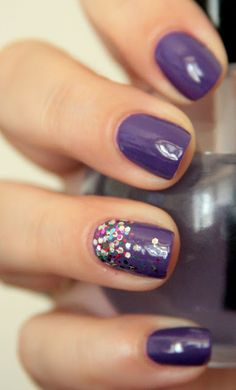 Love this colour.      Love this accent nail