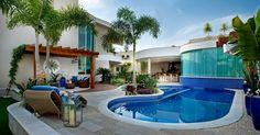 Área de Lazer luxo, com piscina, pergolado e espaço Gourmet.