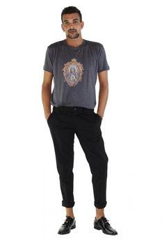 """DOLCE & GABBANA- www.assuntasimeone.com  T-SHIRT IN COTONE STAMPA """"MADONNA"""" DOLCE & GABBANA  100% Cotone Made in italy  spedizione gratuita assicurazione gratuita reso gratuito  CLICCA SUL LINK PER ACQUISTARE IL PRODOTTO: http://www.assuntasimeone.com/it/shop/nuove-collezioni-inverno-t-shirt/2841/t-shirt-in-cotone-stampa-madonna-dolce-&-gabbana.html"""
