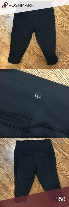 Lululemon Crops Barely worn lululemon black crops. They hit at knee. lululemon athletica Pants Capris