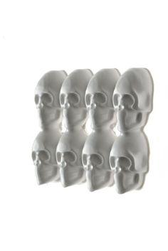 ISABELLE BUSNEL - FRANCE/UK  Skull Brooch