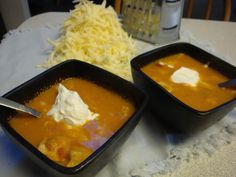 kimscookingfrenzy: I am in LOVE: Chicken Tortilla Soup. A close copy to Red Robin Chicken Tortilla Soup.