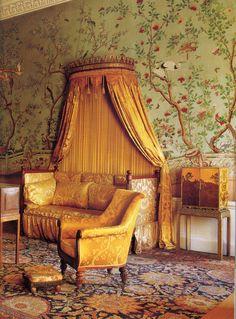 Oriental Bedroom, Monochromatic Room, Glam House, Boudoir, Chinoiserie Wallpaper, Beautiful Interior Design, French Decor, Creative Decor, Beautiful Bedrooms