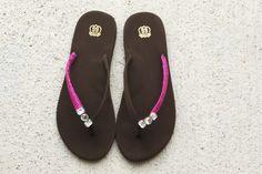 Detalle con gemas e hilo para tus sandalias