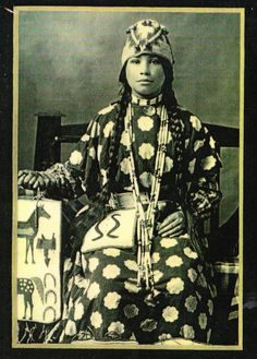 White Wolf : Rare Photos Show The Fascinating Beauty Of The Yakama Native Women Native American Images, Native American Wisdom, Native American Tribes, Native American History, Native Americans, American Symbols, Canadian History, Photos Rares, Indian People
