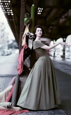 Dovima photographed in New York by William Helburn, 1956.