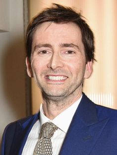 DAVID TENNANT REVIEW OF 2015: February - Another Award & And Setting A Record