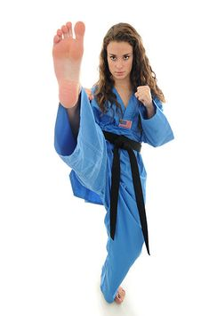 Judo Karate, Karate Girl, Taekwondo, Martial Arts Gi, Martial Arts Women, Viet Vo Dao, Dancers Feet, Girl Soles, Photo Stock Images