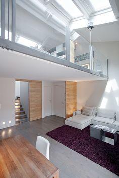 El arquitecto italiano Federico Delrosso es el autor de esta vivienda de tres niveles ubicada en Montecarlo, en el famoso Principado de Mónaco.