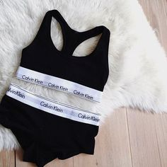 """by Consuelo Paloma auf Instagram: """"A present from me - to me  #mycalvins #ck #officialdressed #sundays @liketoknow.it www.liketk.it/26r3d #liketkit"""""""