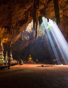 Khao Luang Cave, Phetchaburi, Thailand