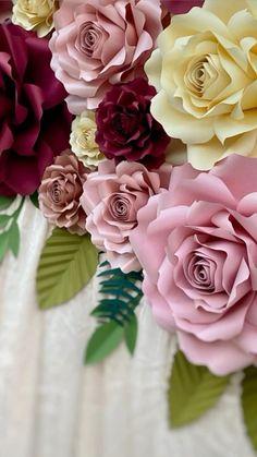 Paper Flower Art, Paper Flowers Craft, Large Paper Flowers, Paper Flower Tutorial, Paper Crafts, Diy Flowers, Paper Fan Decorations, Handmade Flowers, Photoshop Glow