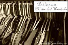 La construcción de un minimalista Armario - Little House Living