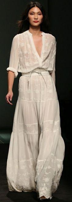 Perfect Summer Dress   www.stylissima.co.il
