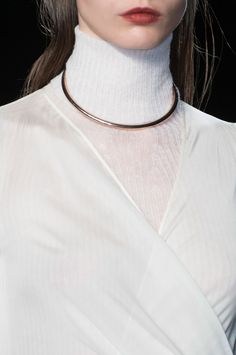 Minimal Necklace - chic simplicity; fashion details // Philosophy di Lorenzo Serafini Fall 2014