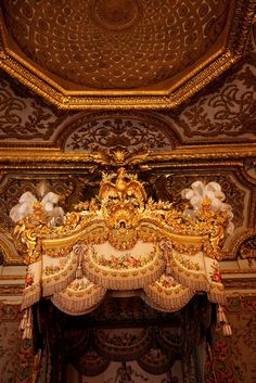 xavier veilhan at versailles « the selby Xavier Veilhan, Hall Of Mirrors, Palace Of Versailles, French History, Visit France, Beautiful Sites, Beautiful Architecture, French Art, France Travel