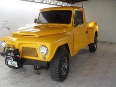 F75 Ford amarela