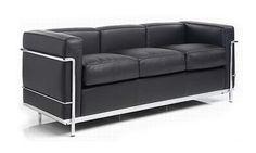 Un gran diseñador, muebles que perduran en el tiempo por su belleza y elegancia..