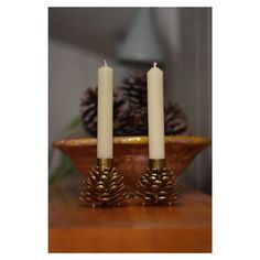Gorgeous pair of vintage brass pine cone candle holders. 20. For more information dm us or send an  Email: interiorlewes@icloud.com   #chairs#instagram#love#insta#like#french#interiordesign#antiques#antique#vintage#midcentury#teak#danish#lewes#shop#theneedlemakerslewes#old#furniture#vintagemodern#moderninterior#interiordecor#decor#instadecor#homedecor#interiordesigner