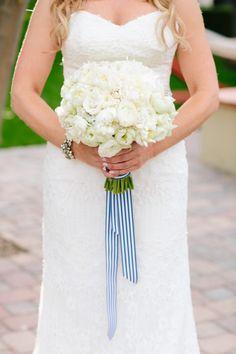White bouquet: http://www.stylemepretty.com/little-black-book-blog/2014/06/25/modern-elegant-wedding-at-miramonte-resort-spa/   Photography: Heather Kincaid - http://heatherkincaid.com/