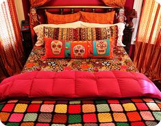 Cool bedding from various sources.  Original skull pillows by Kristin Krause, found on eklektick's flickr photostream.